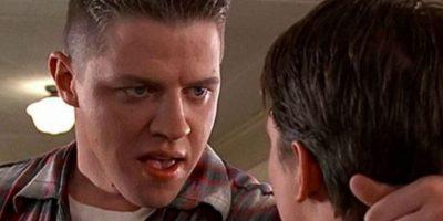 """Le dio vida al abusivo """"Biff Tannen"""" de la escuela, que siempre termina con grandes cantidades de estiércol en su auto. Foto:IMDB"""
