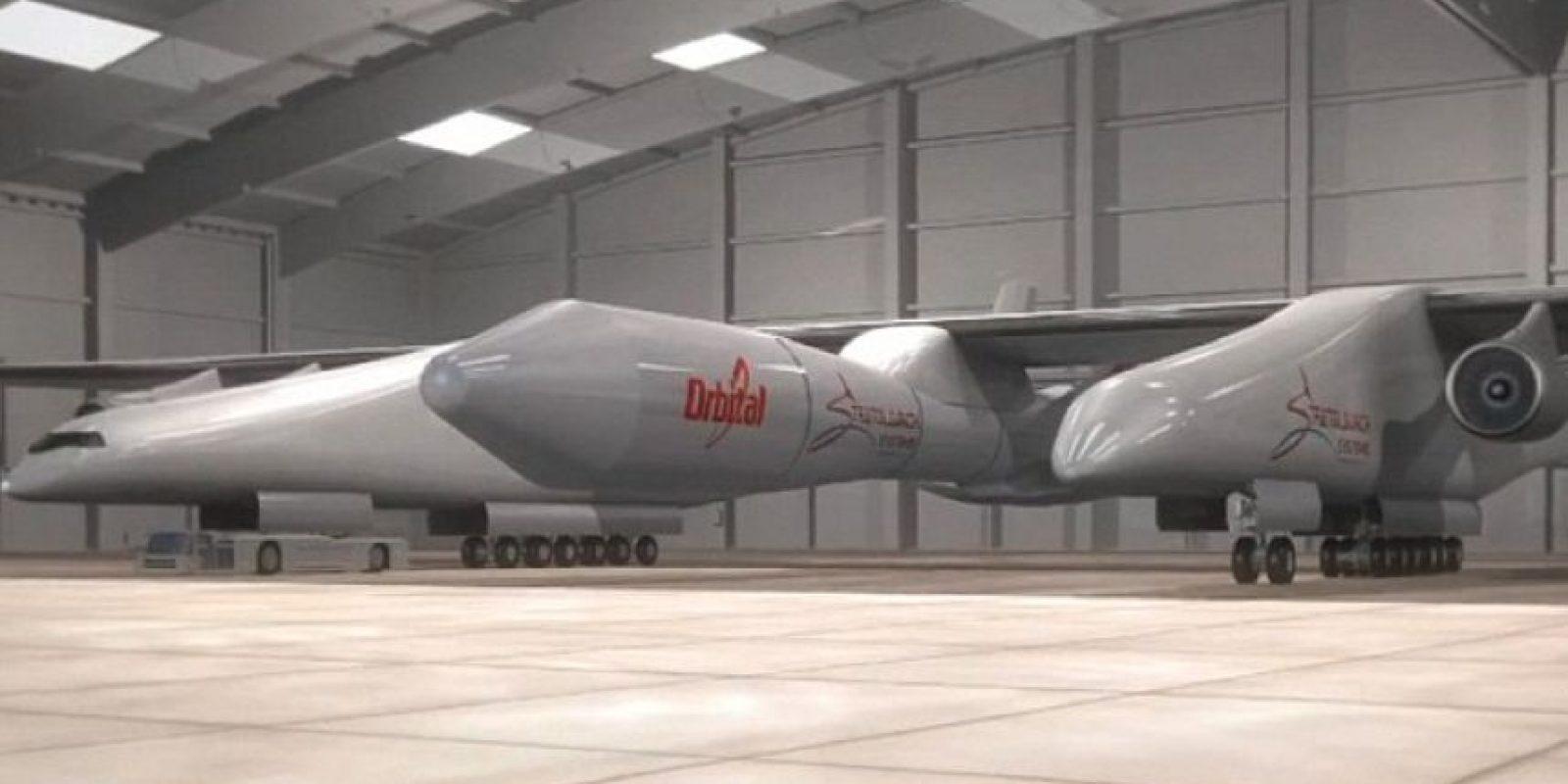 Se trata de avión más grande del mundo y está siendo construido para su primer vuelo a principios del próximo año Foto:stratolaunch.com