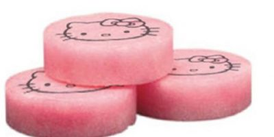 Pastillas para el inodoro de Hello Kitty. Foto: vía Smosh