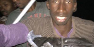 """FOTOS: """"Inmigrante"""" africano documenta su travesía hacia Europa"""