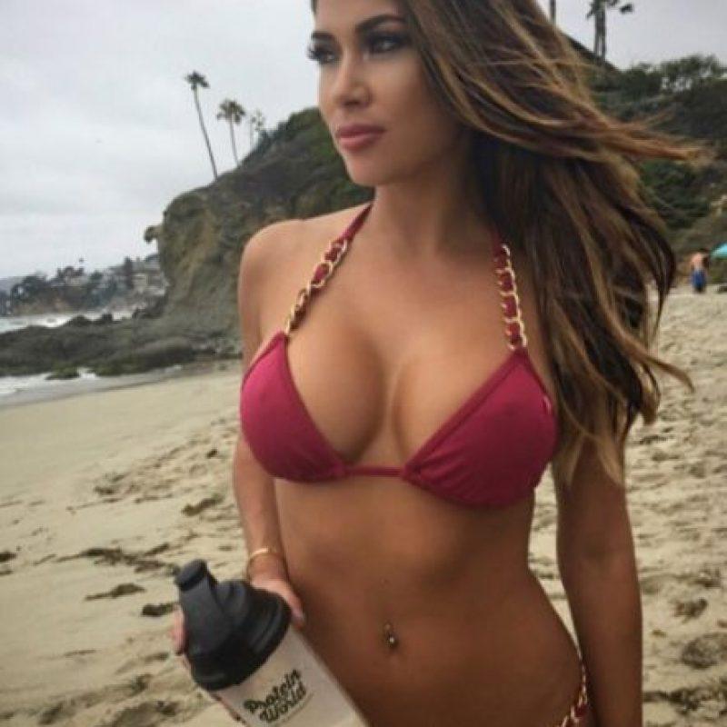 """En mayo de 2010, """"Maxim"""" la nombró la """"Ring girl más hot de la UFC"""". Foto:Vía instagram.com/ariannyceleste"""