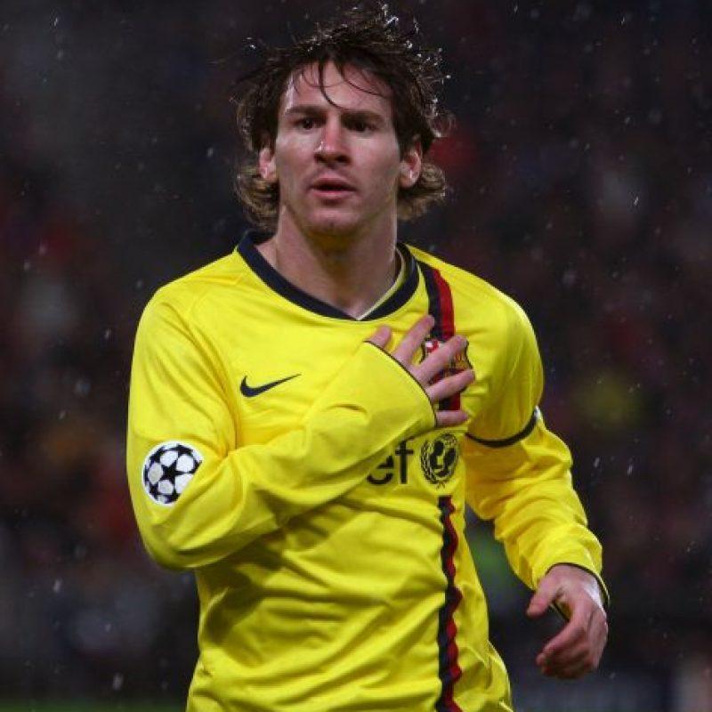 Durante la visita del Barcelona a La Rosaleda en 2008, para enfrentar al Málaga, las cámaras captaron a Messi escupiendo a Duda. Foto:Getty Images