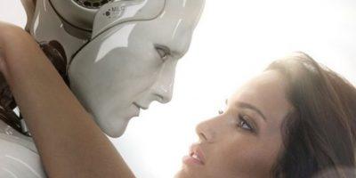 Experto asegura que en 50 años se podrán tener relaciones íntimas con robots