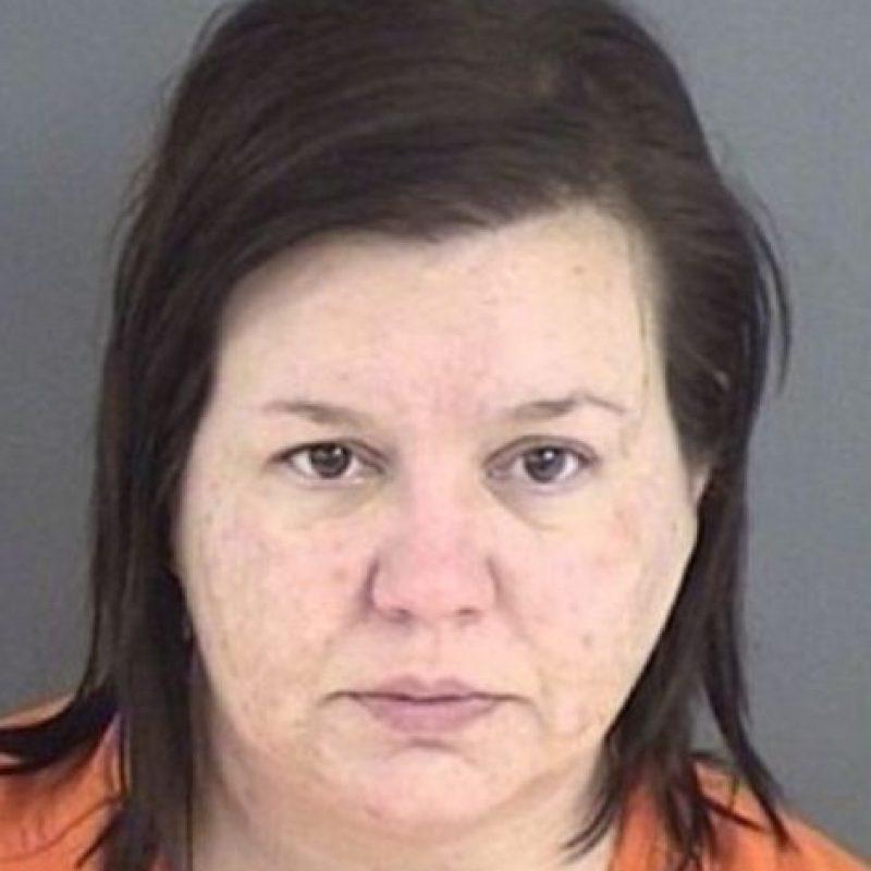 Kimberly Sáenz: fue condenada en 2012 a cadena perpetua por asesinar a 5 pacientes de diálisis al inyectarles cloro o lejía. Foto:vía Wikipedia