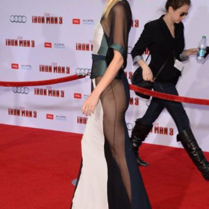 Gwyneth Paltrow en un vestido que solo ella podría lucir. Foto:vía Getty Images