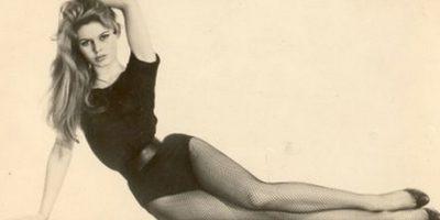 9 famosos que fueron retratados por Andy Warhol