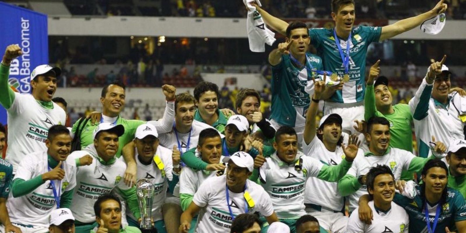 """Un año después los """"Esmeraldas"""" serían bicampeones de la Liga MX Foto:Getty Images"""