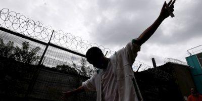 Migrantes en Francia. Foto:AFP