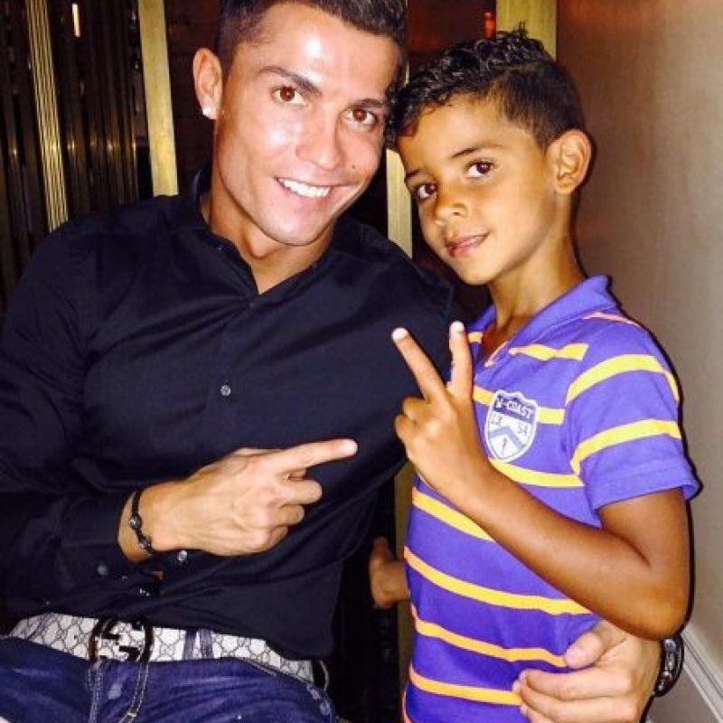 Cristiano Ronaldo está orgulloso de su pequeño. Foto:instagram.com/cristiano