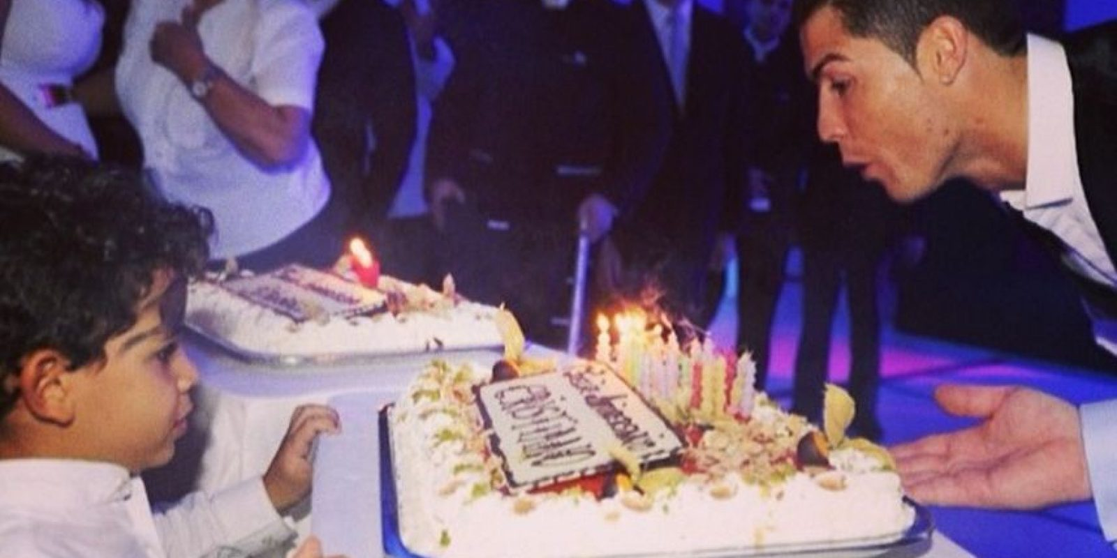 En los festejos de cumpleaños siempre están juntos. Foto:instagram.com/cristiano