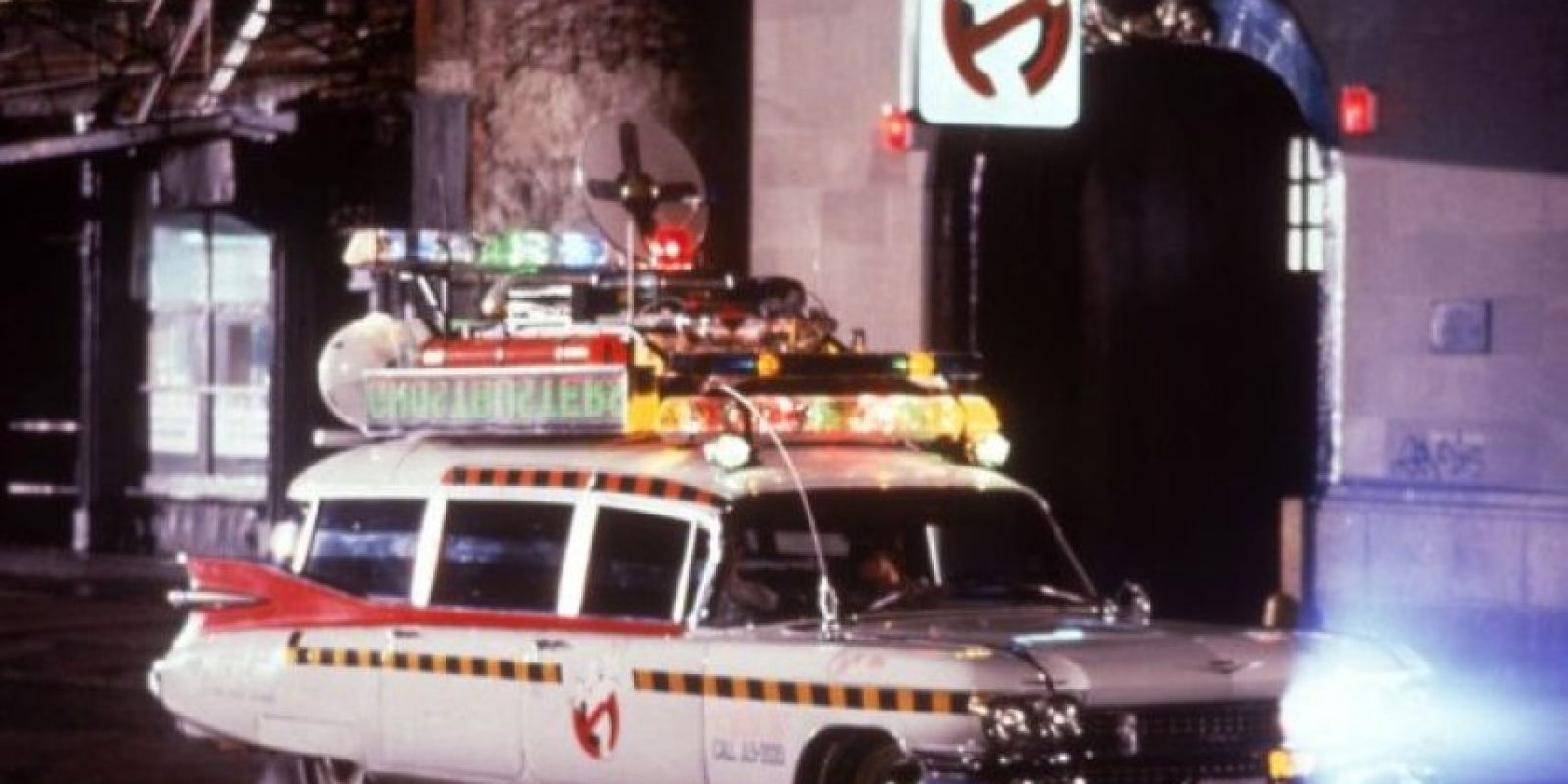 """Este es el auto de """"Los Cazafantasmas"""" utilizaron en 1984 Foto:IMDb"""