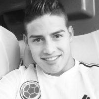 También está orgulloso de portar la camiseta colombiana. Foto:instagram.com/jamesrodriguez10