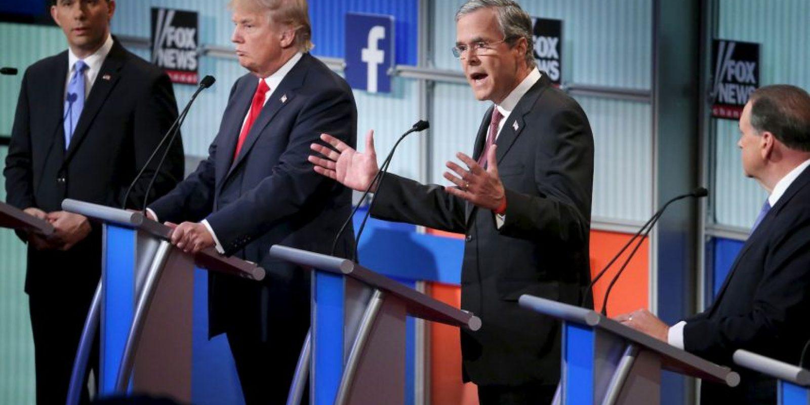 Jeb Bush, hermano del expresidente George Bush, dejó de estar entre los cinco primeros puestos, cuando la semana pasada ocupaba el segundo lugar, informó NBC News. Foto:Getty Images