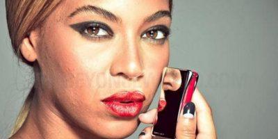 Beyonce con su cutis libre de retoques. Foto:thebeyonceworld.com