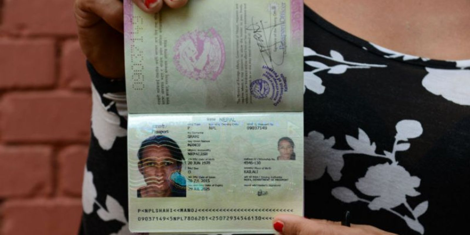 Monica Shahi fue la primera mujer transgénero en tener un pasaporte que no especifica su género. Foto:AFP