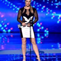 Ronda seduce a sus admiradores en las premiaciones y alfombras rojas Foto:Getty Images