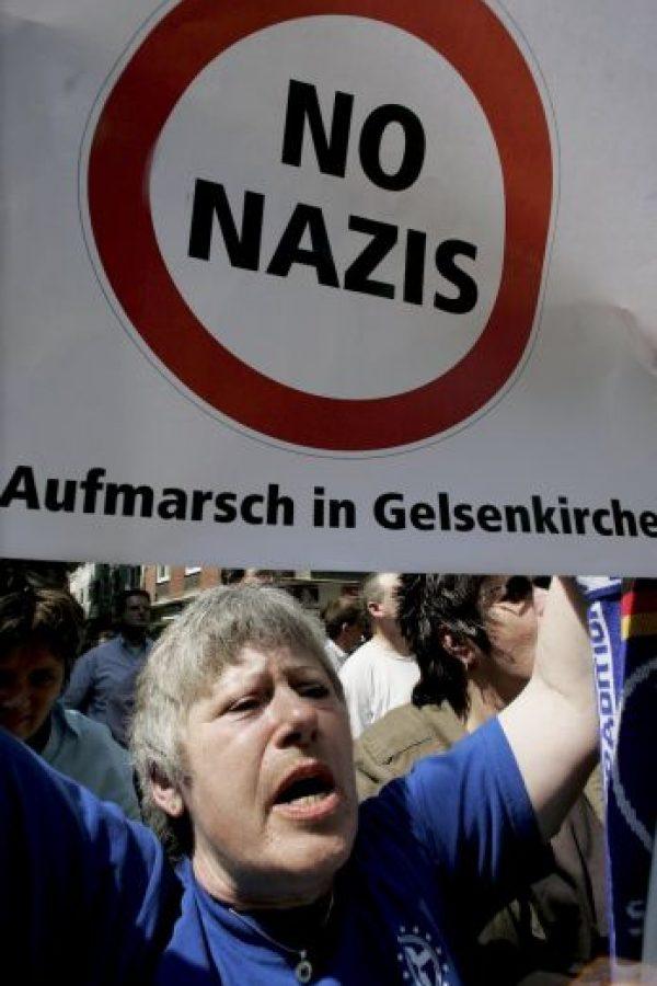 """Su símbolo es la """"esvástica"""" y sus principales ideales hablan sobre un Estado Absoluto (Volk), gobernado por un líder (Führer), y habla de la superioridad de la raza aria sobre otras que debían ser conquistadas por considerarse """"inferiores"""". Foto:Getty Images"""