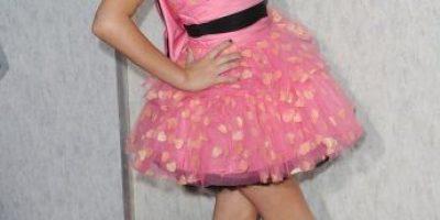 Hermana de Miley Cyrus dejó de ser la niña buena y sorprende con su vestuario