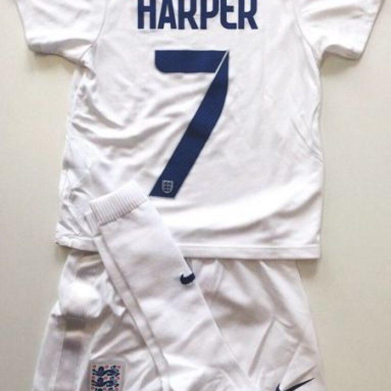 Como este regalo que le hizo la Selección Femenina de Inglaterra. Foto:Vía instagram.com/davidbeckham