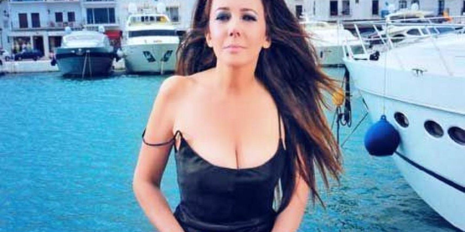 """En Argentina es considerada la """"madre de las botineras"""", es decir, """"las esposa de los futbolistas cuyo trabajo es no hacer nada y salir en televisión"""". Foto:Vía facebook.com/mariananannis"""