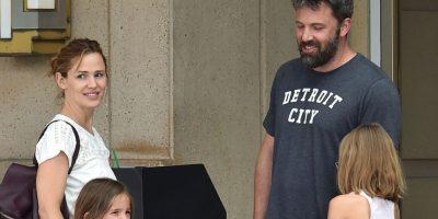La expareja fue captada en un centro comercial de Atlanta junto a sus hijos Violet, Seraphina y Samuel Foto:Grosby Group