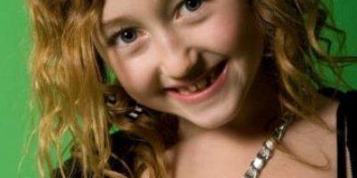 """FOTOS: Así """"perdió la inocencia"""" la hermanita de Miley Cyrus"""