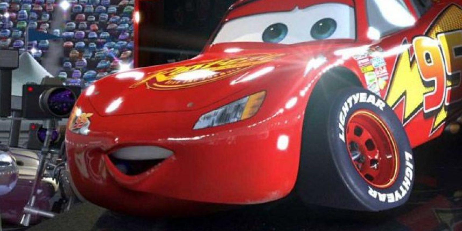 """""""El Rayo McQueen"""" utiliza llantas con la marca """"Lightyear"""" Foto:Pixar"""