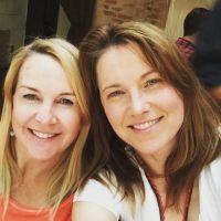 """Renee O'Connor (""""Gabrielle"""") y Lucy Lawless (""""Xena"""") en la actualidad. Foto:vía instagram.com/lucylawless"""
