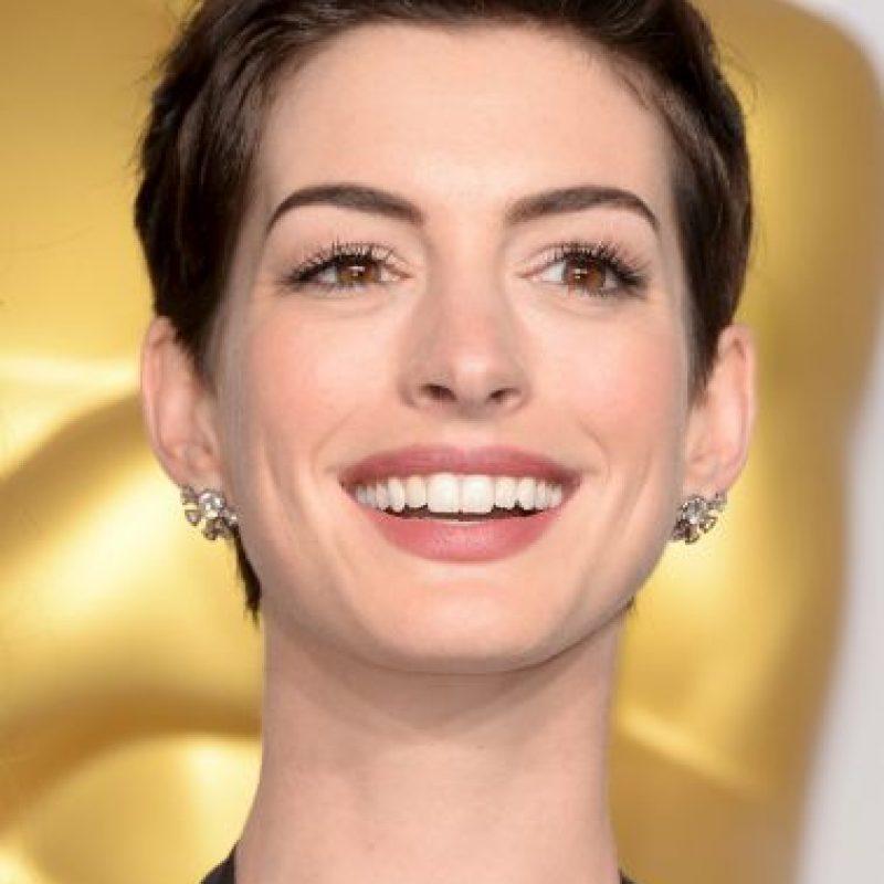Agua mineral… es el secreto de la actriz para mantener un cutis envidiable Foto:Getty Images