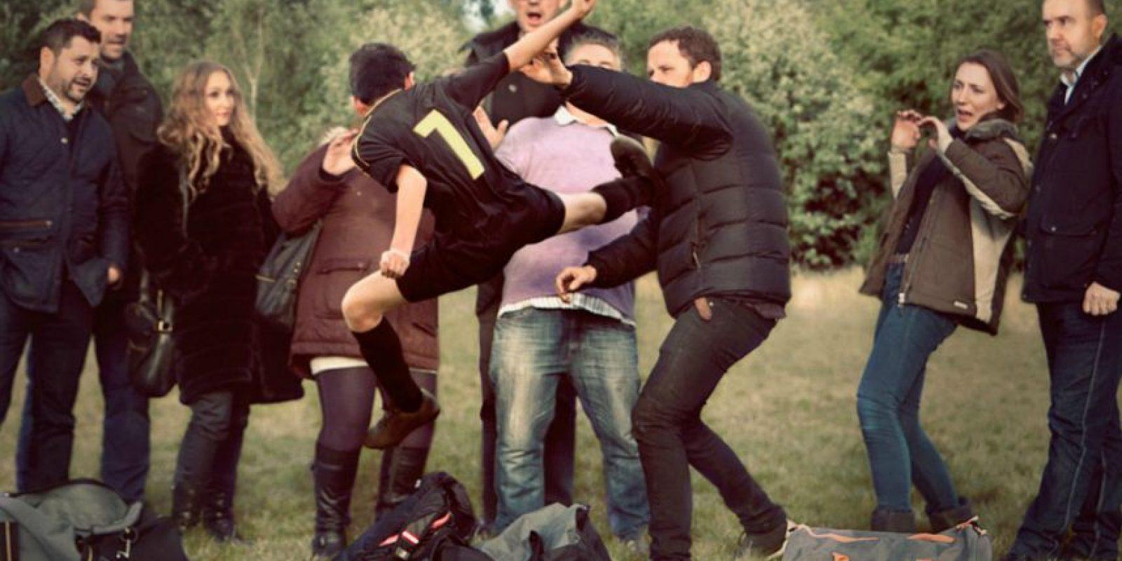 6. Eric Cantona al estilo kung fu. Foto:georgelogan.co.uk