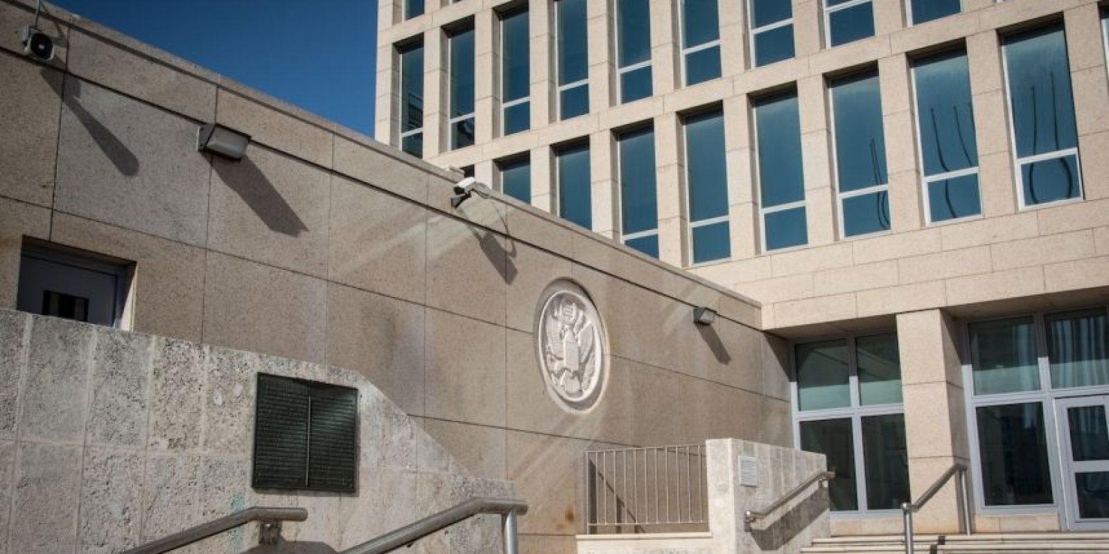 La representación diplomática estadounidense se encuentra ubicada en el Malecón de la capital cubana Foto:AFP