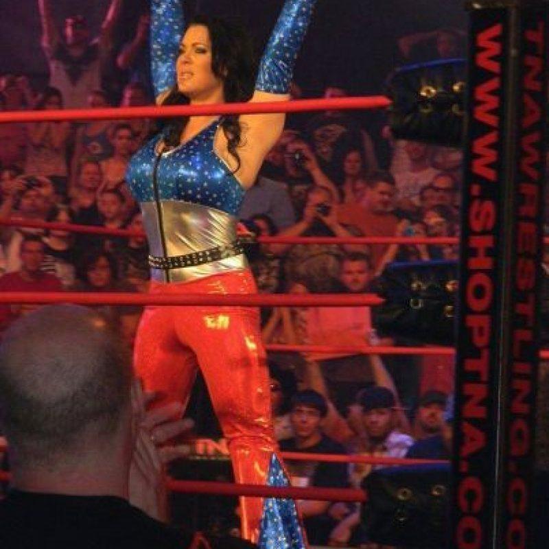 Su mayor logro es haber ganado el WWE Intercontinental Championship, siendo hasta ahora, la primera y única mujer en ganar este título. Foto:Vía facebook.com/ChynaJoanLaurer