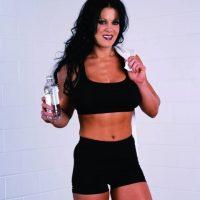 Durante su carrera en WWE, derrotó a divas como Ivory, Molly Holly, Trish Stratus y Lita. Foto:Vía facebook.com/ChynaJoanLaurer