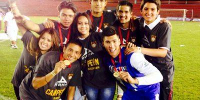 Tiene 27 años y es la doctora de los Leones Negros de la UDG, y se convirtió en la primera mujer en el fútbol mexicano en estar en la banca de un club de Primera División en 2014. Foto:Vía facebook.com/suye.suenaga