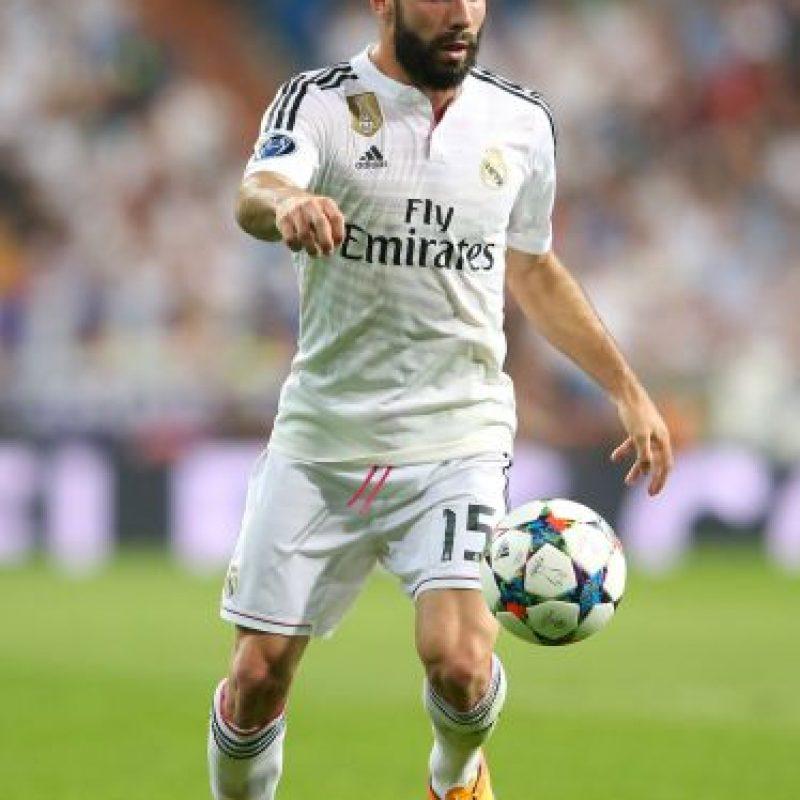 Dani Carvajal también tiene un sueldo de 1.2 millones de euros Foto:Getty Images