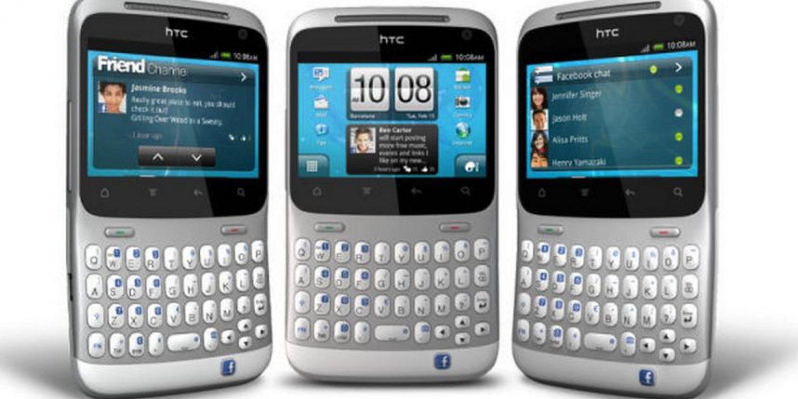 HTC lazó un móvil en conjunto con Facebook con un botón especial para la red social. La idea y concepto nisiquiera son recordados por los usuarios Foto:HTC
