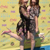 """La protagonista de la serie """"Girl Meets World"""" y su hermana Foto:Getty Images"""