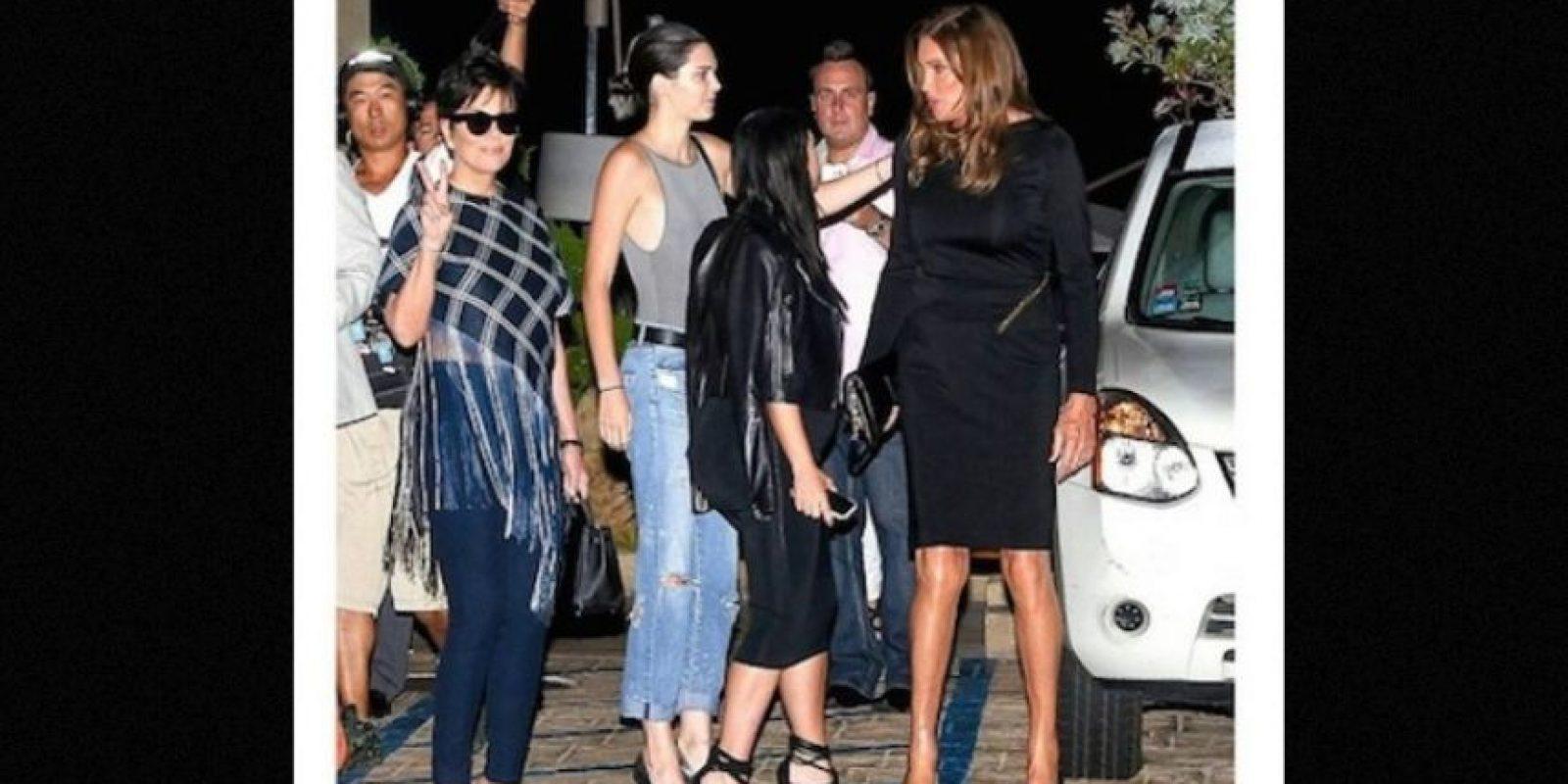 En la fiesta de cumpleaños de Kylie, las estrellas televisivas aparecieron juntas por primera vez en público. Foto:Grosby Group