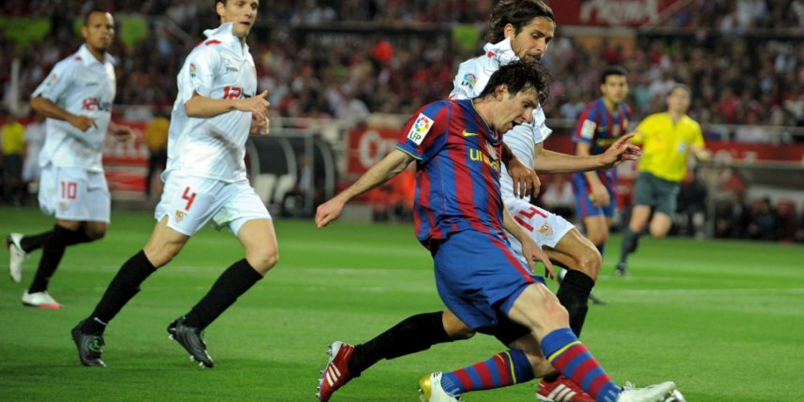 En la vuelta se impusieron 4-0 con un hat-trick de Messi Foto: Getty Images