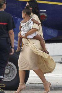 Kim viajó a St. Barts junto a su hija North para vacacionar Foto:Grosby Group