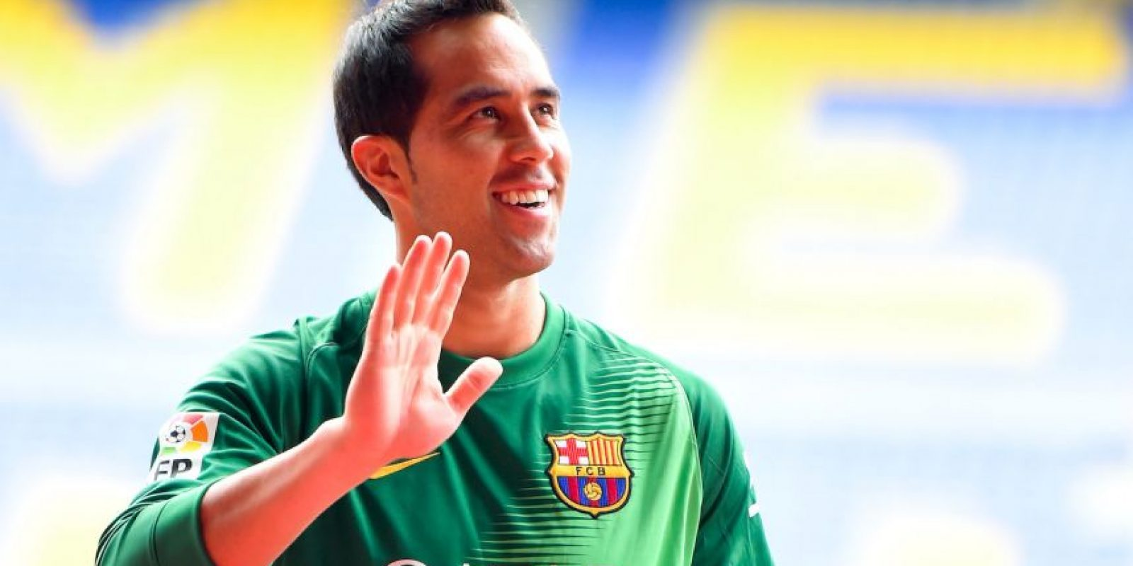Bravo llegó a Barcelona hace un año y ganó el Trofeo Zamora por ser el portero menos goleado en la Liga 2014/2015. Foto:Getty Images