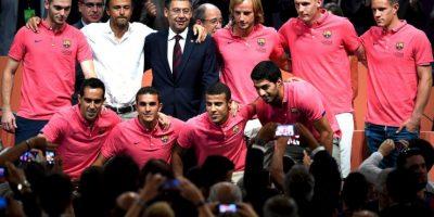 Luis Enrique resolvió esta situación alineando a Claudio Bravo en la Liga y a Ter Stegen en la Copa del Rey y Champions League. Foto:Getty Images