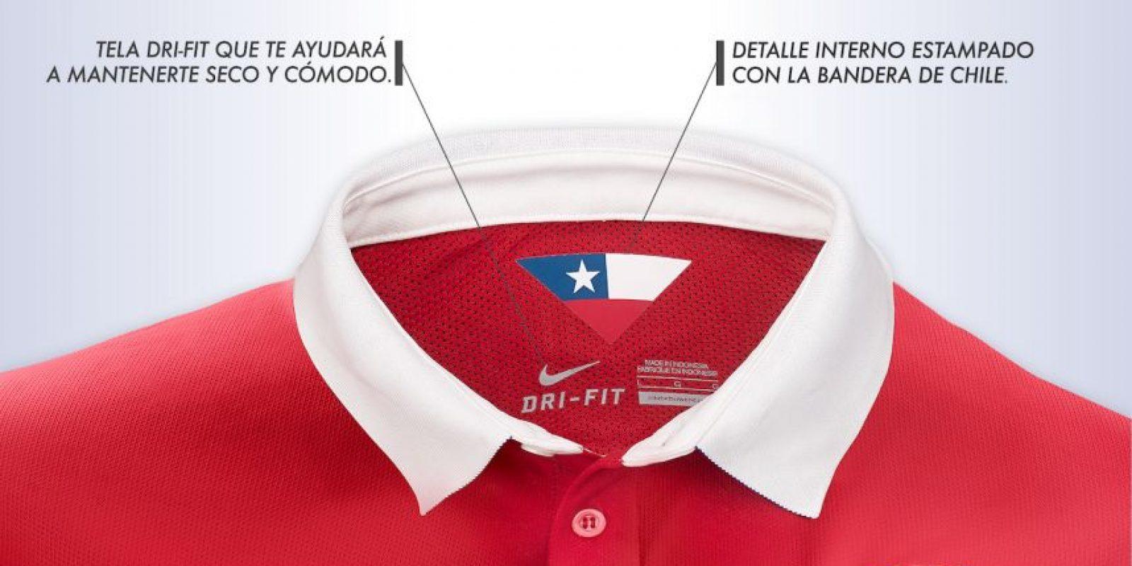 """La nueva vestimenta de la """"Roja"""" salió a la venta con un precio de 59 mil 999 pesos chilenos, unos 84.6 dólares. Foto:Nike"""