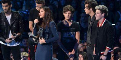 La primera vez que los cantantes se encontraron, en público, fue durante los premios MTV Video Music Awards 2013. Foto:vía twitter.com