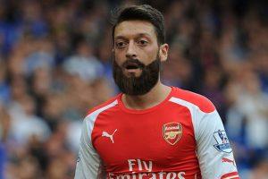 El aleman del Arsenal con barba
