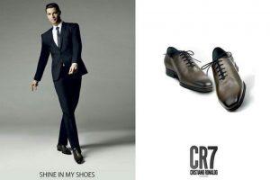 """Esta lleva el nombre de """"CR7 Footwear"""". Foto:Vía instagram.com/cristiano"""