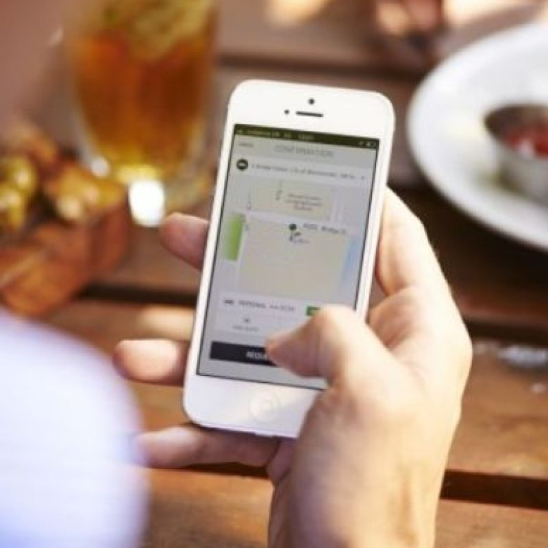 9- La tarifa de Uber se cobra de la siguiente manera: Tarifa base + minutos en el auto + kilómetros recorridos. Además, cada tipo de auto tiene una tarifa mínima y una tarifa de cancelación. Foto:Uber