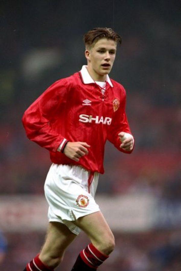 Debutó oficialmente con Manchester United el 23 de septiembre de 1992, en partido de la Copa de la Liga (hoy Capital One Cup) ante el Brighton & Hove Albion. Foto:Getty Images