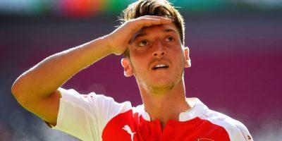 6. Mesut Özil @MesutOzil1988 (Futbol/Alemania): 50 mil 35 dólares por tuit. Foto:Getty Images