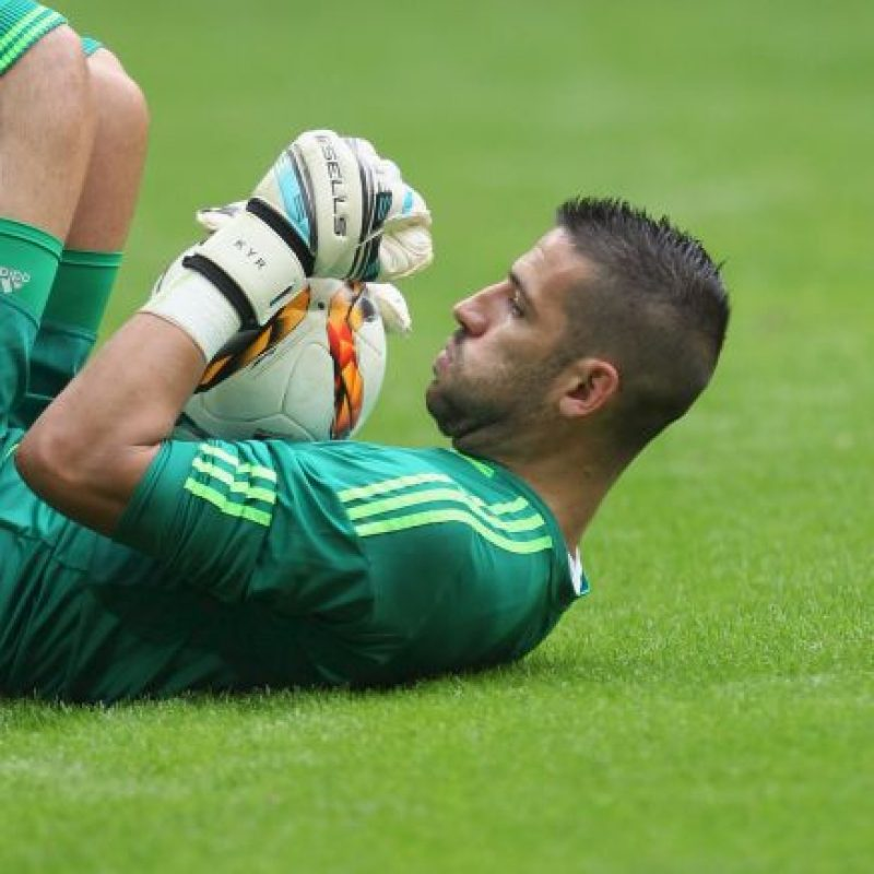 ¡Increíble! No hay portero latino en la Bundesliga, ni en la segunda división, ¡ni en la tercera! Esperemos que pronto un talento latinoamericano pueda llegar a defender el arco de un club alemán. Foto:Getty Images